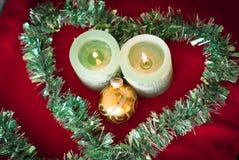 Kerstmiskaarsen in liefde Royalty-vrije Stock Foto's