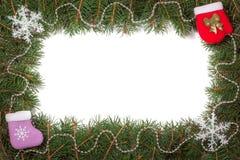 Kerstmiskader van spartakken wordt gemaakt met parels worden en sneeuwvlok op witte achtergrond wordt geïsoleerd verfraaid die Royalty-vrije Stock Fotografie