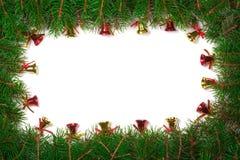 Kerstmiskader van spartakken wordt gemaakt met rode die klokken worden op witte achtergrond worden geïsoleerd verfraaid die Royalty-vrije Stock Afbeelding