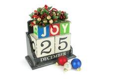 Kerstmiskalender met 25 December op houten blokken Royalty-vrije Stock Foto's