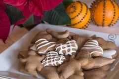 Kerstmiskoekjes met sinaasappel Royalty-vrije Stock Foto