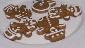 Kerstmiskoekjes - Peperkoek, Eigengemaakte Koekjes stock footage