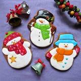 Kerstmiskoekjes, peperkoek voor Nieuwjaar, Sneeuwman Royalty-vrije Stock Foto
