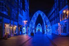 Kerstmislichten in de Straat van Zuidenmolton in Londen het UK Stock Foto