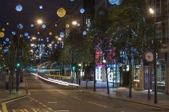 Kerstmislichten op de Straat van Oxford, Londen Stock Afbeeldingen