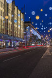Kerstmislichten op de Straat van Oxford, Londen Royalty-vrije Stock Foto's
