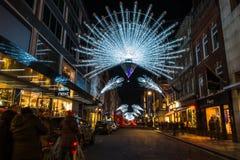 Kerstmislichten op Nieuwe Bandstraat, Londen, het UK Stock Foto's
