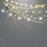 Kerstmislichten op transparante achtergrond worden geïsoleerd die Reeks van gouden Kerstmis gloeiende slinger Vector illustratie stock illustratie