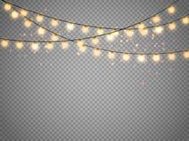 Kerstmislichten op transparante achtergrond worden geïsoleerd die Vectorkerstmis gloeiende slinger Stock Foto