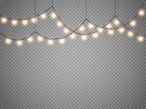Kerstmislichten op transparante achtergrond worden geïsoleerd die Vectorkerstmis gloeiende slinger royalty-vrije illustratie