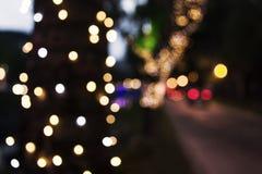Kerstmislichten vaag op stadsstraten Royalty-vrije Stock Foto's