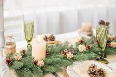 Kerstmislijst met een kaars Royalty-vrije Stock Fotografie