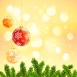 Kerstmismalplaatje met het hangen van rode ballen en spar Stock Foto