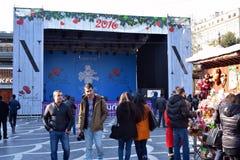 Kerstmismarkt in Baku stad, Overlegscène Stock Foto's