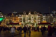 Kerstmismarkt bij Rathaus-marktvierkant, Hamburg, Duitsland royalty-vrije stock fotografie