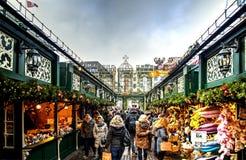 Kerstmismarkt in Hamburg, Duitsland Stock Foto's