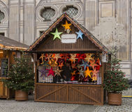 Kerstmismarkt in München Stock Afbeeldingen