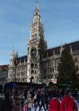 Kerstmismarkt in Marienplatz München stock fotografie