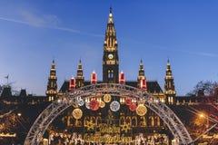 Kerstmismarkt Oostenrijk van Wenen Rathaus stock foto