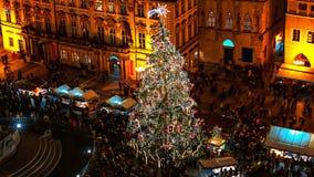 Kerstmismarkt op het Oldtown-vierkant in Praag Royalty-vrije Stock Foto