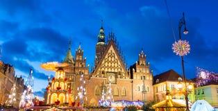 Kerstmismarkt in Oude Stad in Wroclaw, Polen stock fotografie