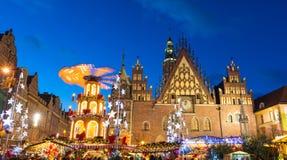 Kerstmismarkt in Oude Stad in Wroclaw, Polen royalty-vrije stock afbeelding