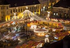 Kerstmismarkt Sibiu Roemenië stock foto's