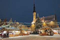 Kerstmismarkt in Tallinn, Estland royalty-vrije stock foto's