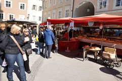 Kerstmismarkt van Salzburg ` s Stock Foto