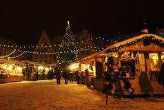 Kerstmismarkt van Tallinn Stock Afbeeldingen