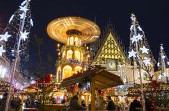 Kerstmismarkt in Wroclaw bij avond, Polen, Europa royalty-vrije stock foto
