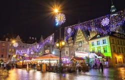 Kerstmismarkt in Wroclaw bij avond, Polen, Europa stock afbeelding