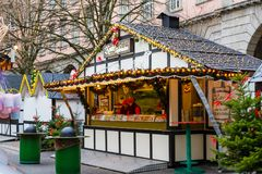 Kerstmismarkt in Wuppertal-Barmannen, Duitsland December 2017 stock foto