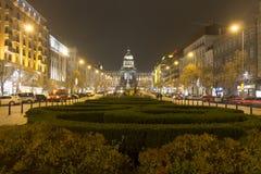 2014 - Kerstmismarkten bij het vierkant van Wenceslas, Praag Stock Afbeeldingen