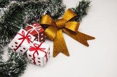 Kerstmismateriaal met lichte achtergrond Royalty-vrije Stock Foto