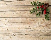 Kerstmisornament op houten achtergrond Royalty-vrije Stock Afbeelding
