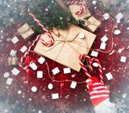 Kerstmissamenstelling, concept nieuw jaar Dozen van verrassingen, Royalty-vrije Stock Foto's