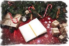 Kerstmissamenstelling, concept nieuw jaar Dozen van verrassingen, Royalty-vrije Stock Foto