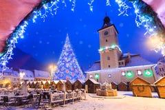 Kerstmisscène in Brasov-stad Stock Foto