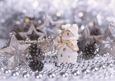Kerstmissneeuwman en decoratie Royalty-vrije Stock Afbeeldingen