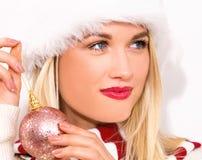Kerstmissnuisterij van de vrouwenholding Royalty-vrije Stock Foto