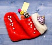 Kerstmissok gestemde houten hoogste mening als achtergrond Vul sok met giften of stelt voor Vier Kerstmis Kleine punten stock foto's
