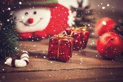Kerstmissok met speelgoed en giften Stock Foto
