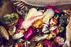Kerstmisspeelgoed, samenstelling van Kerstmisballen Royalty-vrije Stock Fotografie
