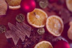 Kerstmisstilleven met fruit en kruiden royalty-vrije stock foto's