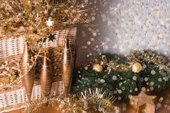 Kerstmisstilleven met sneeuwimitatie Stock Foto