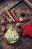 Kerstmisstuk speelgoed en kruiden Stock Foto's