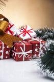 Kerstmisthema op lichte achtergrond Stock Afbeeldingen