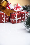 Kerstmisthema op lichte achtergrond Royalty-vrije Stock Fotografie