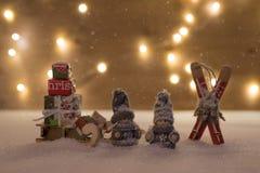 Kerstmistijd met sneeuw Stock Foto's